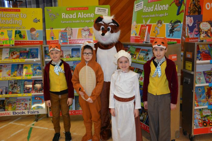 The Fantastic Fox family with Hetty Feather